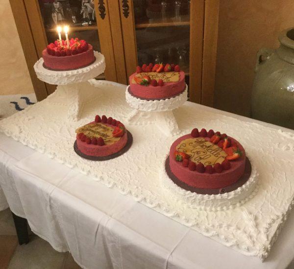 Gâteaux sur socles 30 Personnes A Table l'atelier gourmand