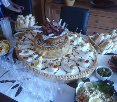 Pièce de réception en buffet
